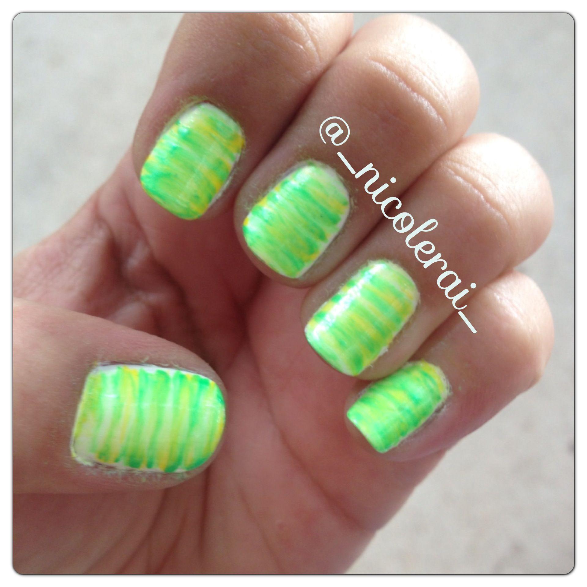 Fan Brush Nail Art #fanbrush #fanbrushnails #brightnails @_ ...