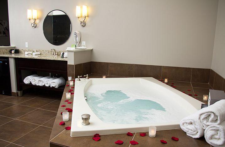 Belamere Suites The Royal Suites Romantic Hotel Jacuzzi Room Ohio Hotels