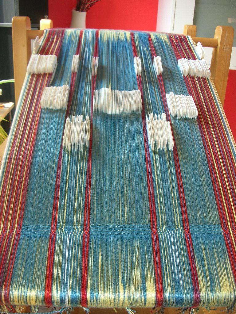 これは想像して無かった。普通の織りの中にカード織りだとおもってた!