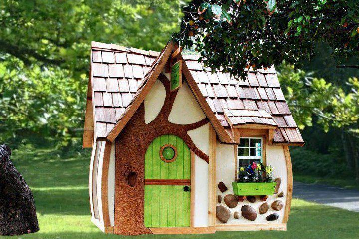 La casita de muñecas no podía faltar, de cuento de hadas\u003c3 - casitas de jardin para nios