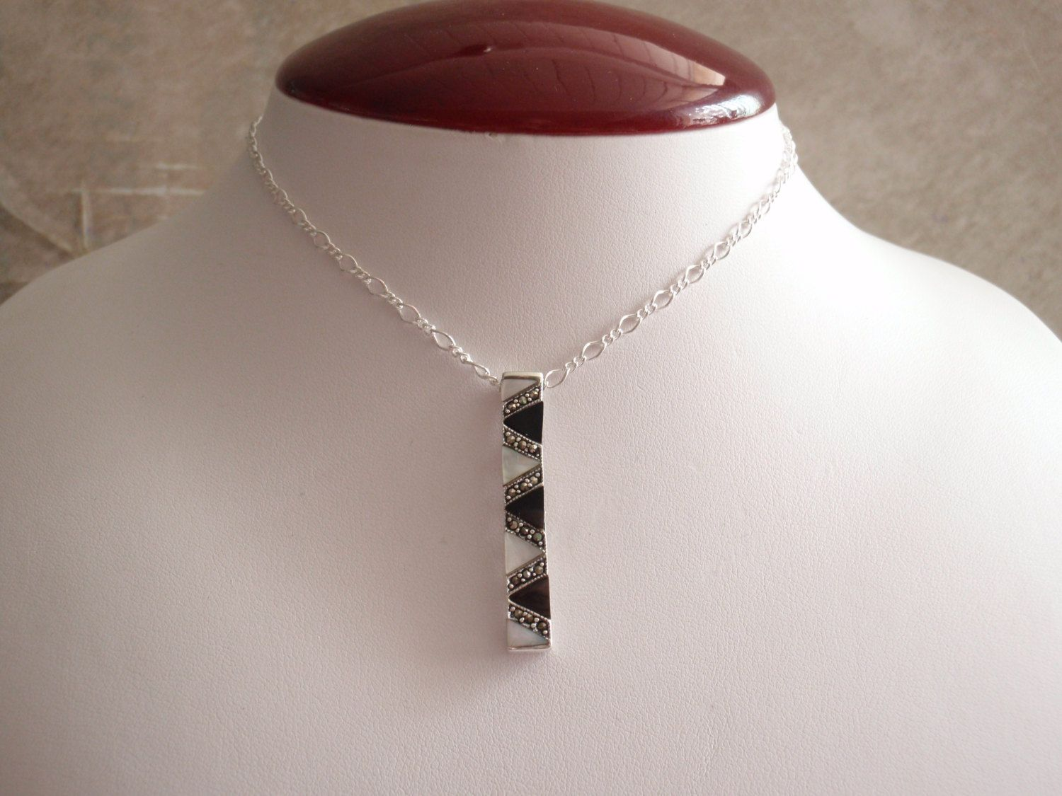 Black White Necklace MOP Onyx Sterling Silver Vertical Bar Marcasite Zig Zag Triangles Vintage CW0199 by cutterstone on Etsy #verticalbarnecklace #sterlingsilver #blackonyx #zigzag #vintage