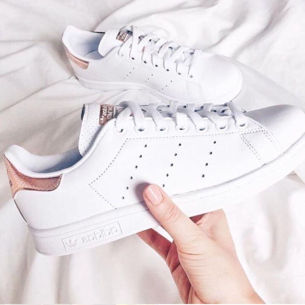 marca jalea cáncer  Adidas Rose gold Stan Smith | Sneakers adidas women stan smith, Shoes  sneakers adidas, Rose gold adidas