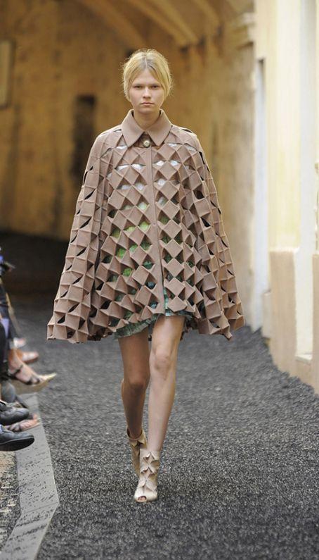My Name Is Oo Sur Wordpress Com Fashion Fashion Design Minimal Fashion