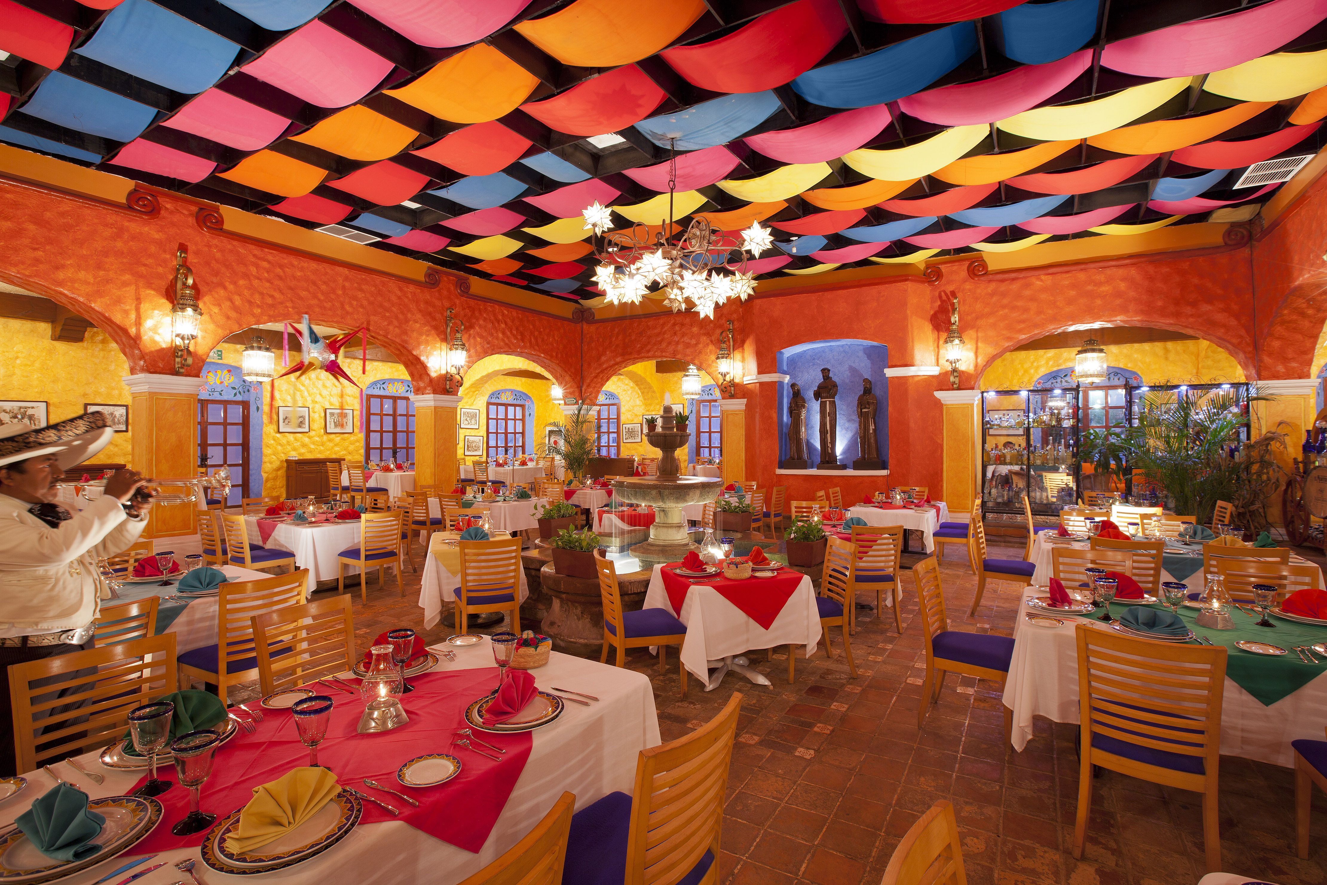 Mexican decorations for restaurants - I Want To Eat Here M Xico Pinterest Mexicans Restaurants And Restaurant Design