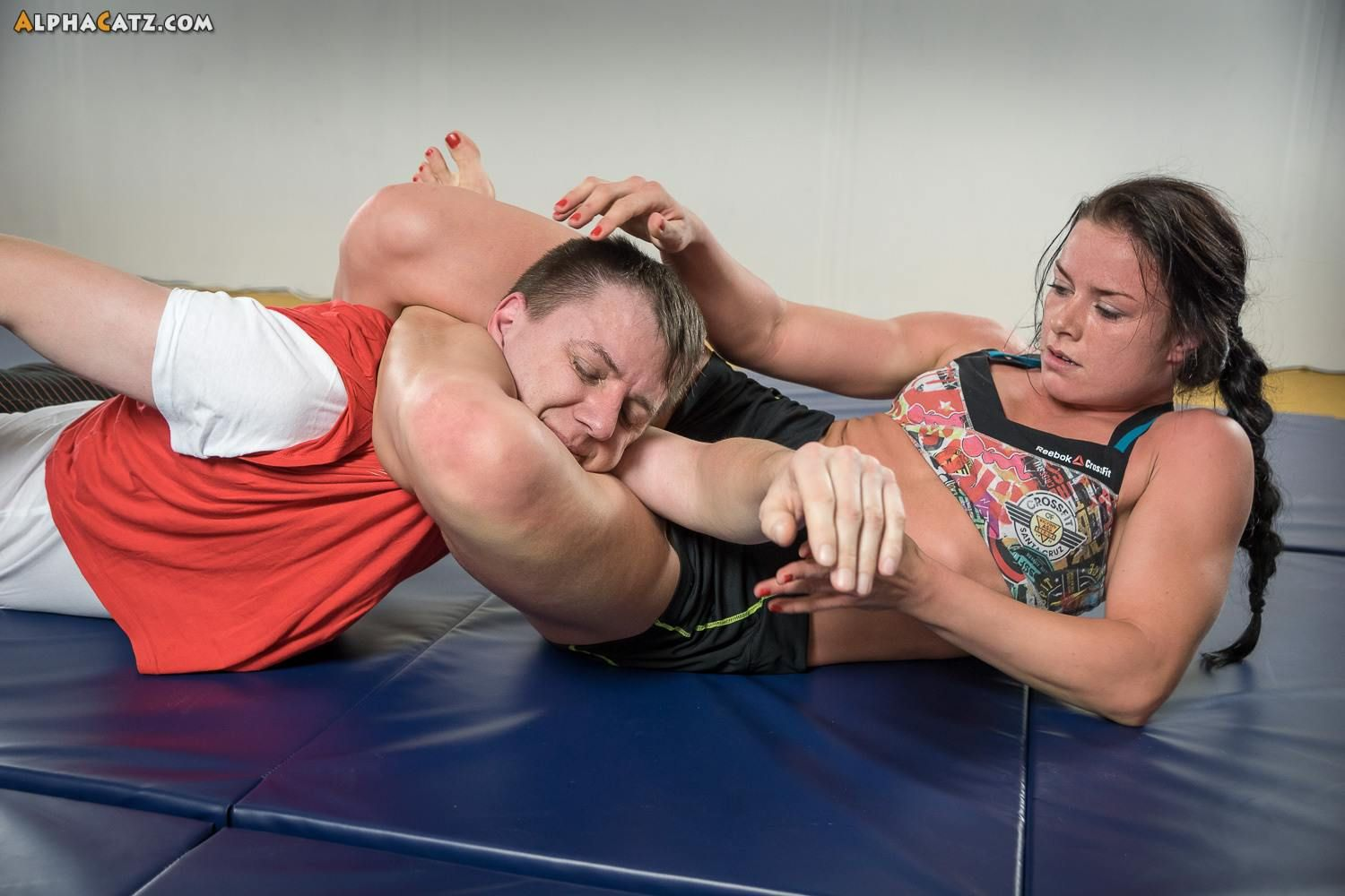 Alphacatz pinmohamed on tough girl | mixed wrestling, athletic