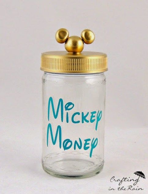 30+ DIY Disney Crafts for a Disney Vacation #disneycrafts