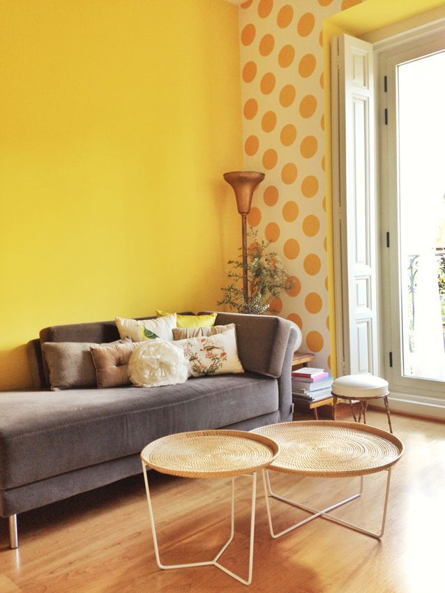 Salon estilo vintage color ocre amarillo blanco gris - Decoracion salon amarillo ...