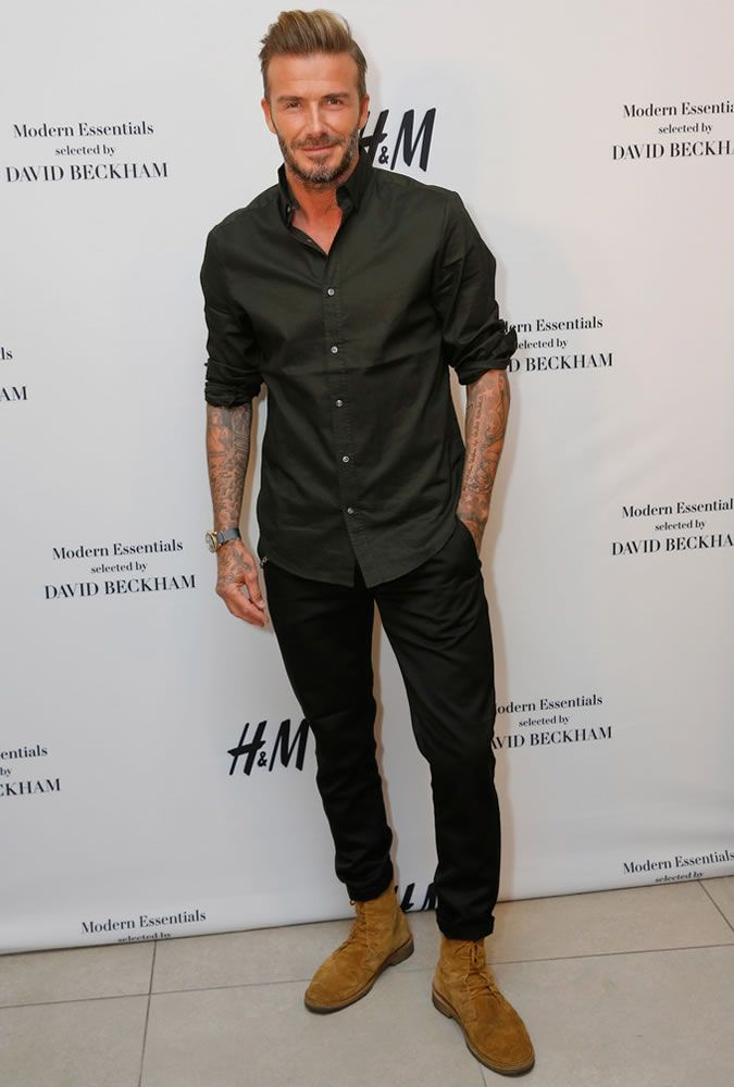 e4cdd030c5141 David Beckham Casual shirt and jeans for H&M event | fashion | David ...