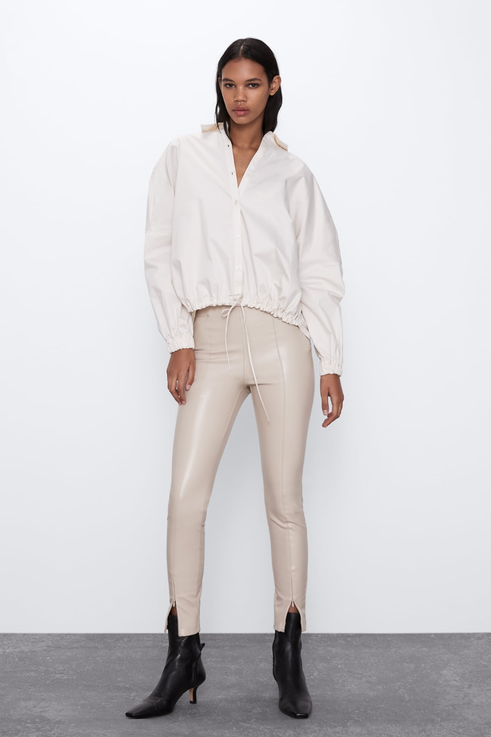 Faux Leather Leggings Zara United States In 2020 Faux Leather Leggings Leather Leggings Mid Rise Leggings
