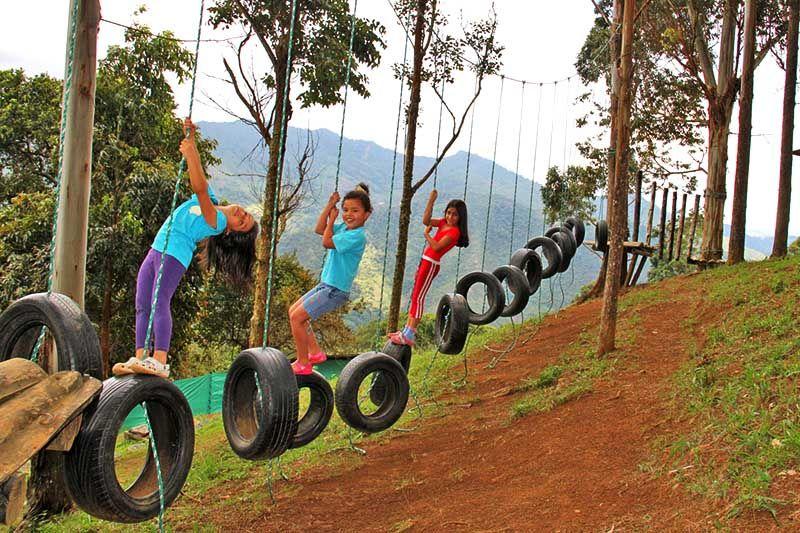 parques para niños en materiales reciclados - Buscar con Google ...