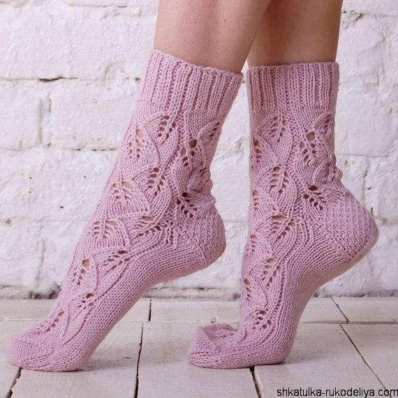 вязание носков красивым ажурным узором