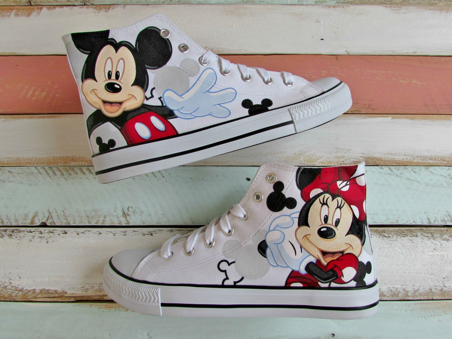 8ddfd93ae430 Discover ideas about Mickey Mouse Converse
