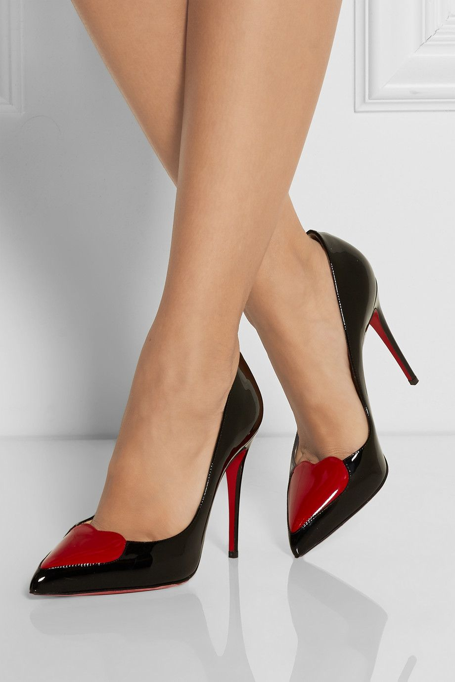 christian louboutin cora heart 100 patent leather pumps