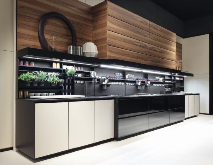 A luxurious and ergonomic kitchen: Phoenix by Varenna ...