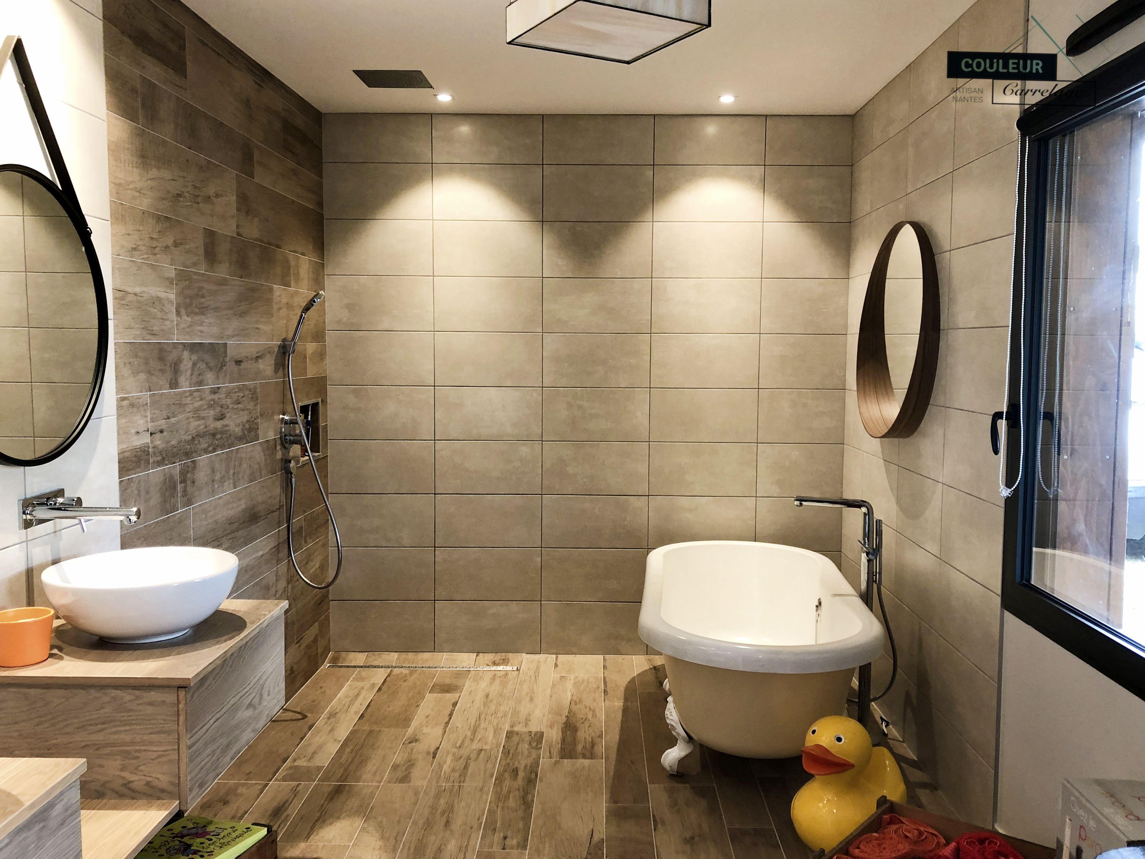 salle d 39 eau et bain avec bac douche l 39 italienne et. Black Bedroom Furniture Sets. Home Design Ideas