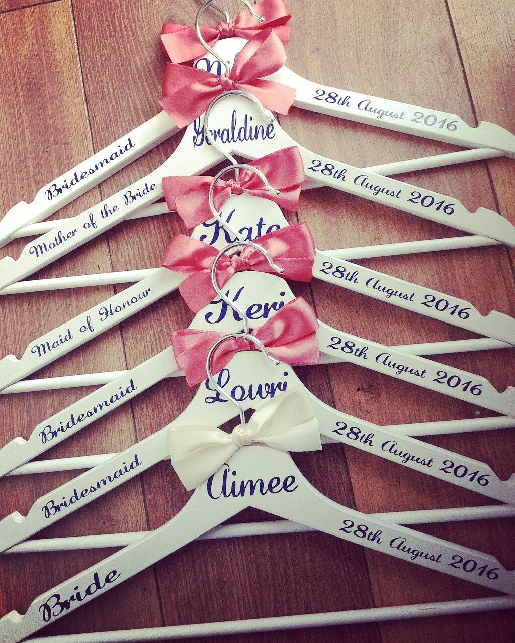 12 x Personalised Wedding / Bridal Coat Hangers Great for the whole ...
