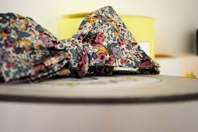 Balzac Paris, pastel & poésie. Le nœud papillon liberty un modèle culte chez BALZAC PARIS