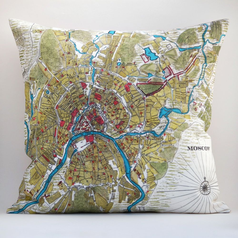 Nothing says good night sleep tight better than a pillow with a map of Moscow.