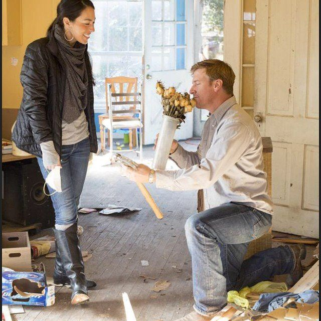 16 things you didn 39 t know about fixer upper 39 s chip and. Black Bedroom Furniture Sets. Home Design Ideas