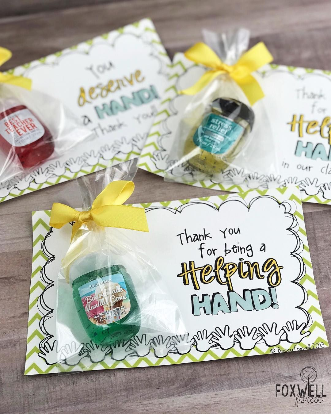 Who doesn't love getting Bath and Body Works?! These make great end of the year gifts for volunteers and classroom helpers! Link in… #employeeappreciationideas