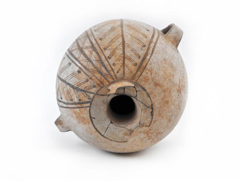 Aríbalo cultura diaguita inca
