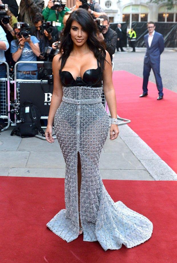 Kim Kardashian é mulher do ano em prêmio da GQ britânica