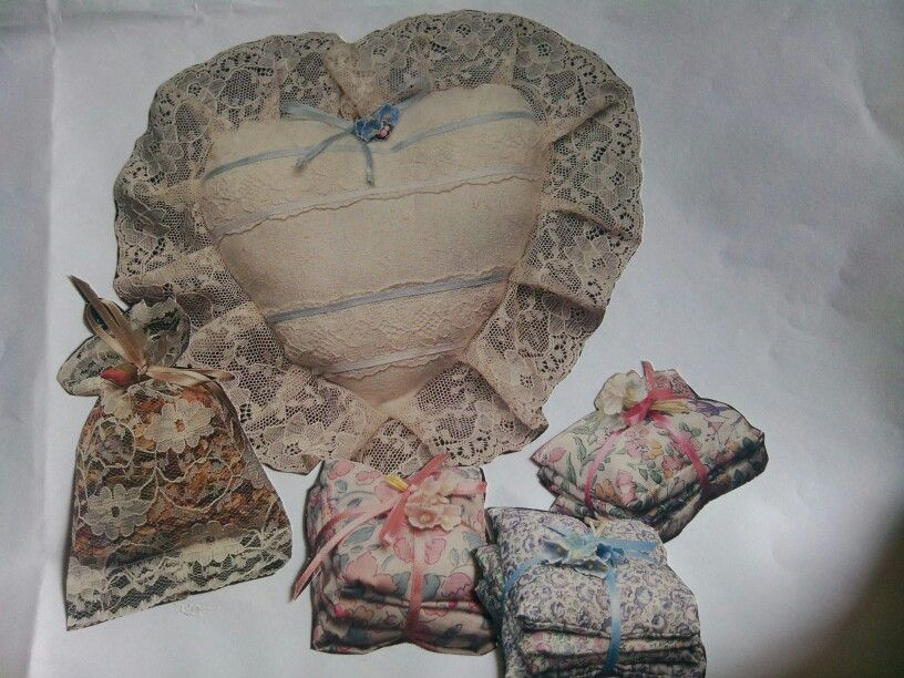 Hearts and lavender sachets .