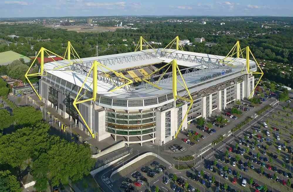 Ranking the Top 20 Stadiums in World Football | Borussia ...