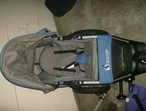 Instep 5k single jogging stroller blue and silver - $45 (ft riley)