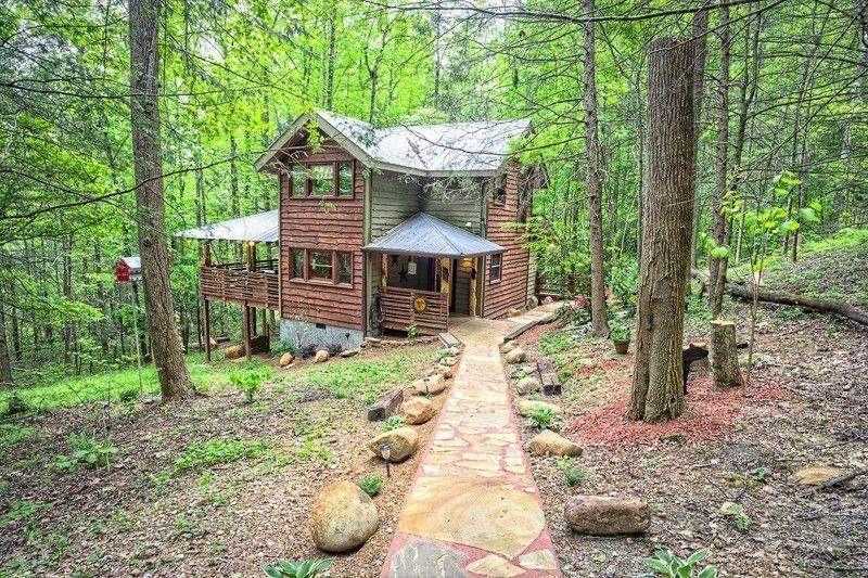 ASPEN\'S HIDEAWAY 1 bedroom Cabin in Gatlinburg, TN | Get Aways ...
