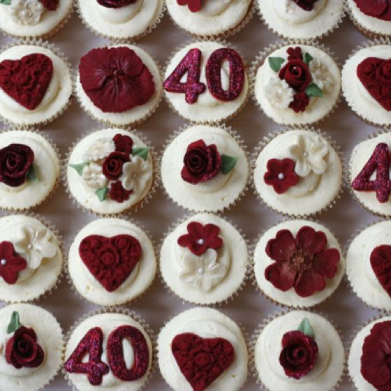 Www Clarescupcakes Co Uk 40th Anniversary Cakes Anniversary Cupcakes Ruby Wedding Cake