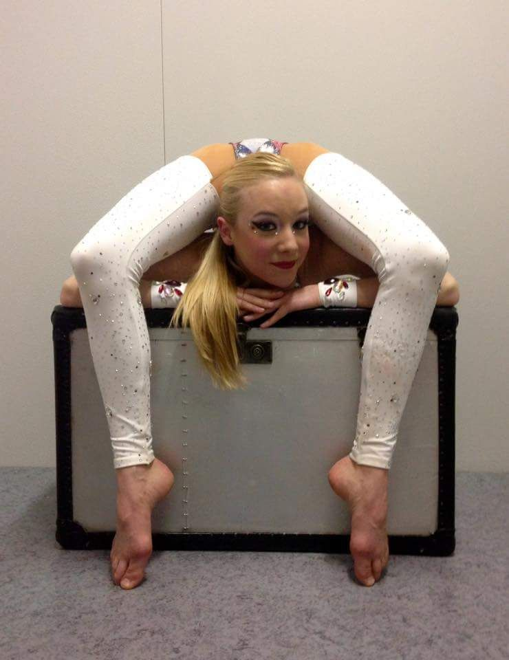 Contortionist girl anal galleries 59