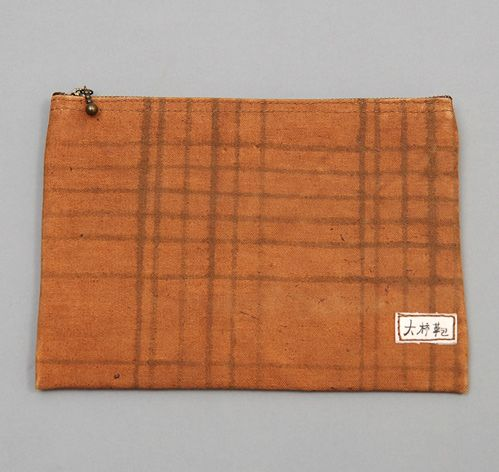 LARGE ZIP POUCH, CHECK PATTERN WITH BROWN LINING :: HICKOREES