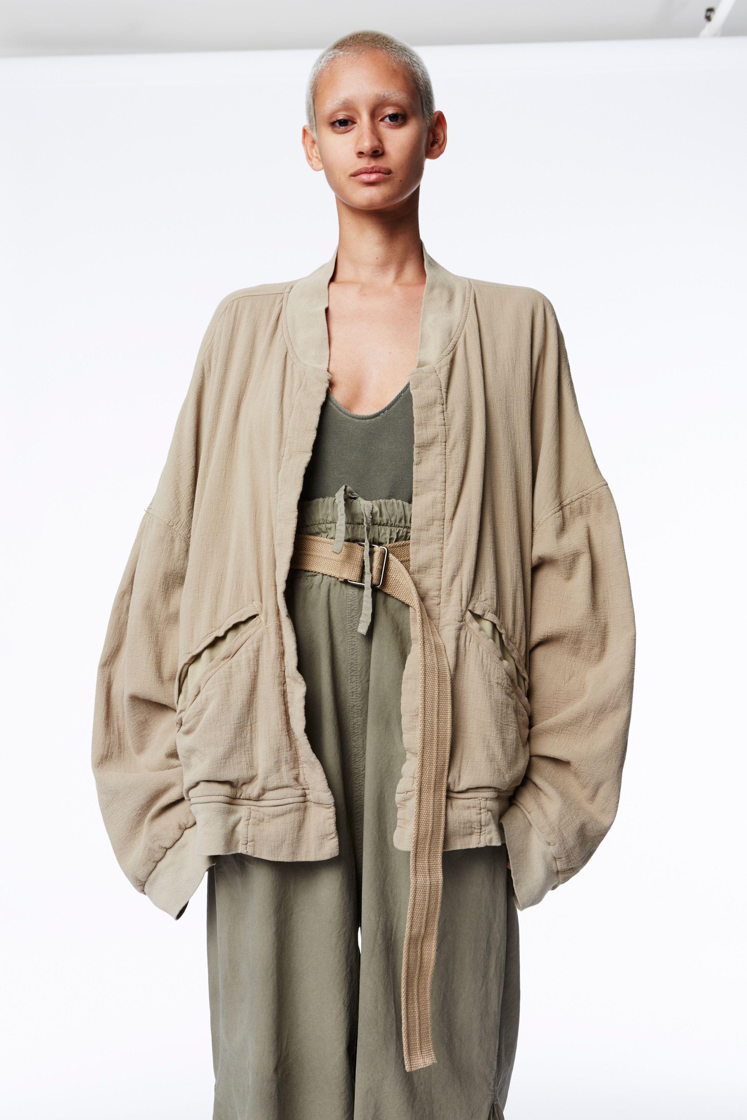 3113460560e Yeezy Spring 2016 Ready-to-Wear Collection Photos - Vogue
