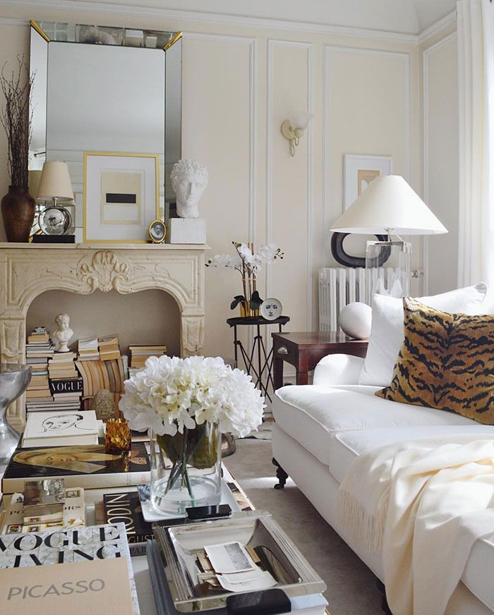 Photo of La Sofisticata Chicago Home di Josh Young. {Décor Inspiration. At Home With: Josh Young, Chicago}