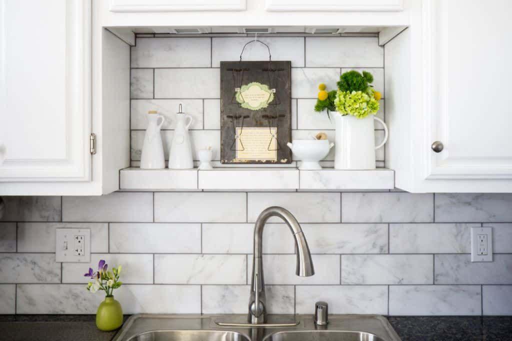 Installing Subway Tiles To Your Kitchen As Backsplash In 2020