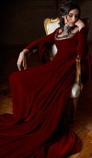 6e7032e7cbe Long sleeved floor length GORGEOUS red velvet gown..