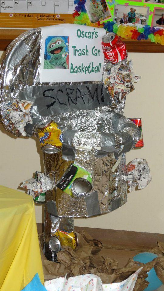 Sesame Street - Oscar's Trash Can Basketball