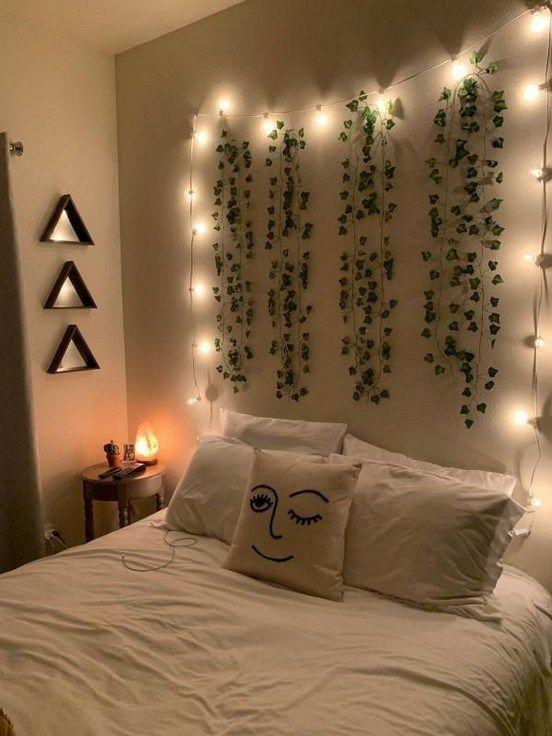40+ cozy decoration ideas for bedroom with string lights 28 • Homedesignss.com