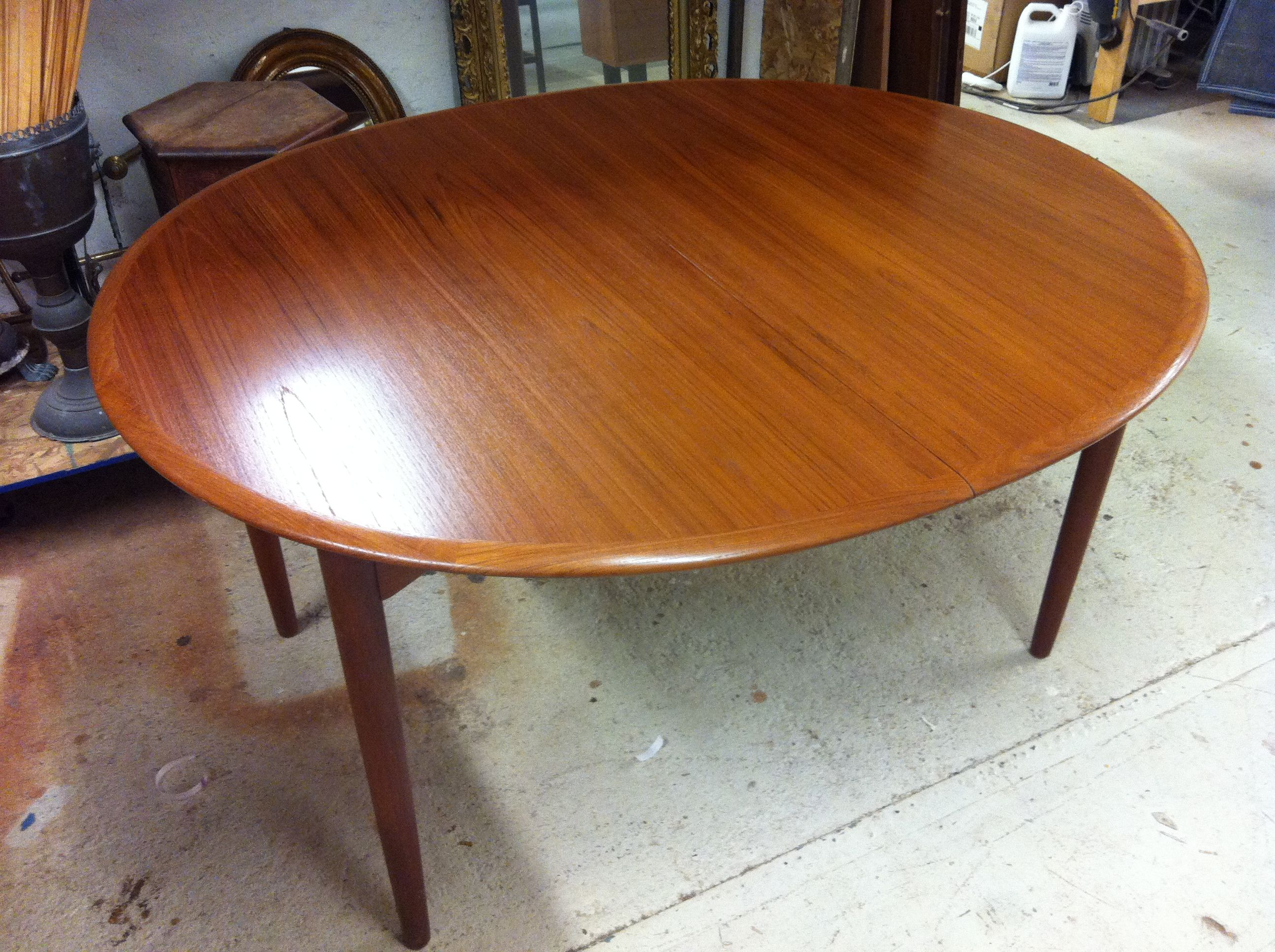 A Refinished Midcentury Dining Table