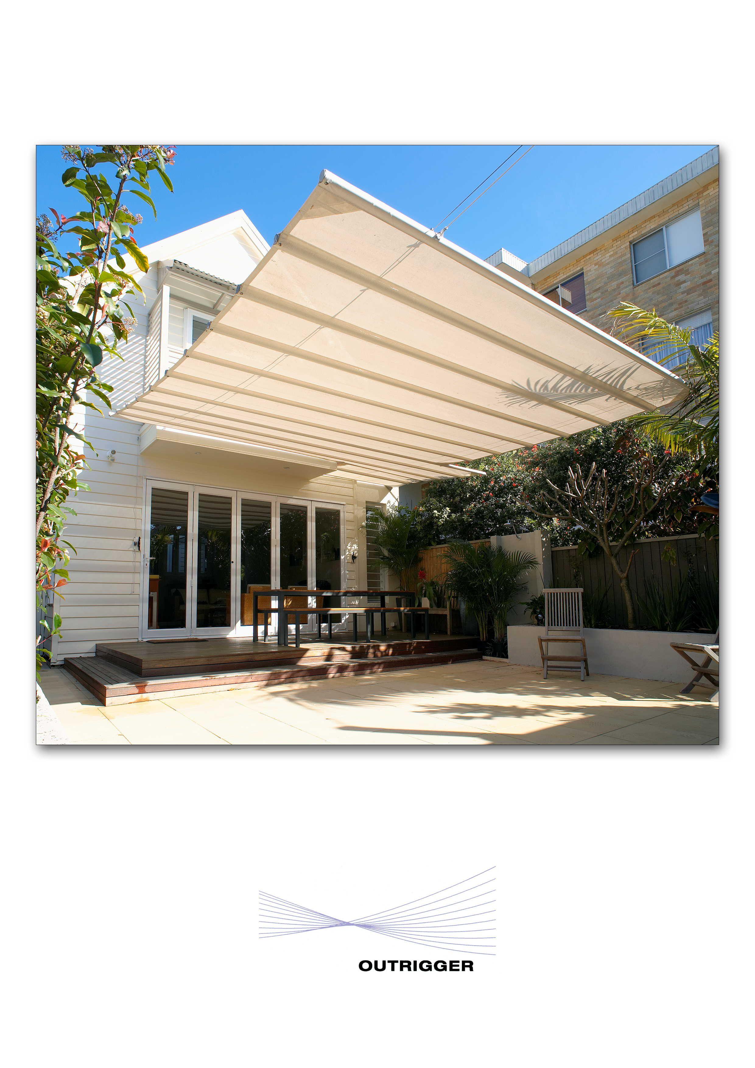Retracting, concertina style awning Aluminum patio