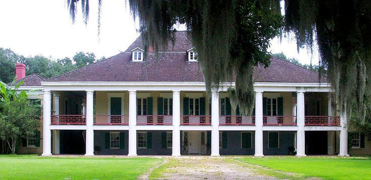How The French Affected Architecture In New Orleans French Colonial Colonial House Colonial Architecture