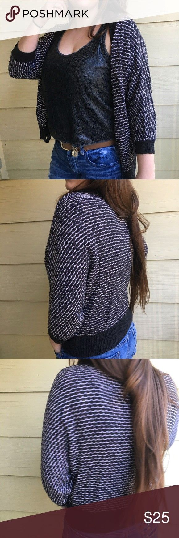 Eagle Striped Cardigan Interesting stitched pattern in black and white americanAmerican Eagle Striped Cardigan Interesting stitched pattern in black and white american Na...