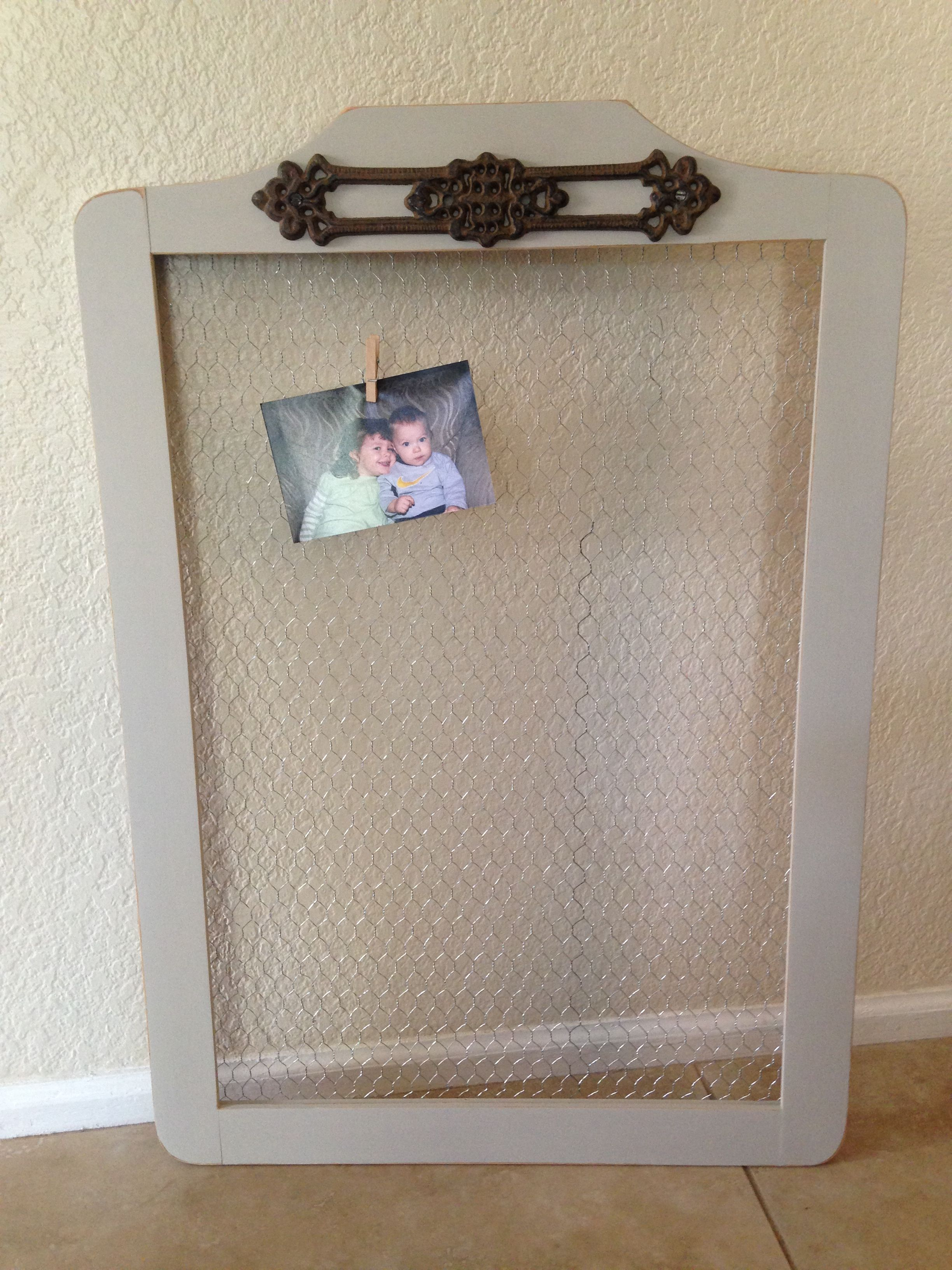 Distressed gray frame with metal trim | Wood pallet ...