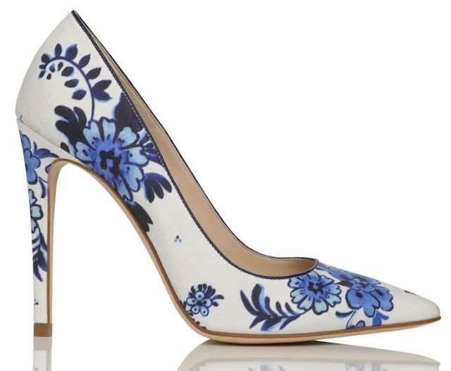 The Terrier and Lobster: Desired: LK Bennett Flora Point Toe Court Shoe in Delfware China Print