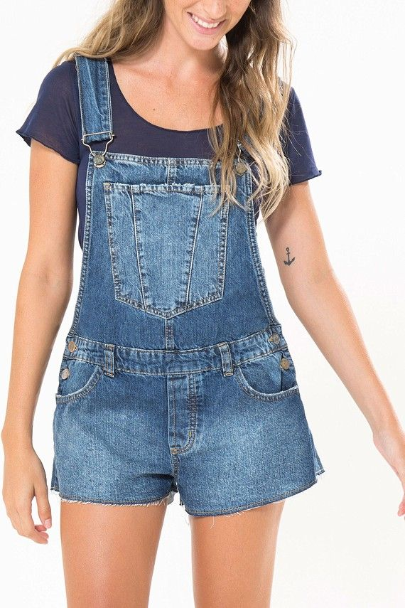 macaquinho jeans curto