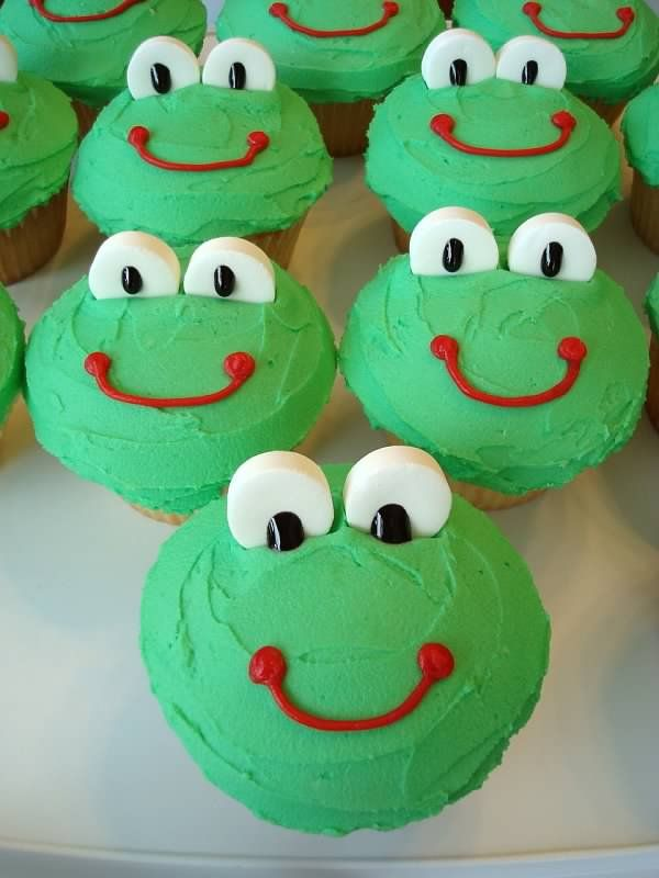 Froggy Cupcakes Cute To Go With The Book Maybe First