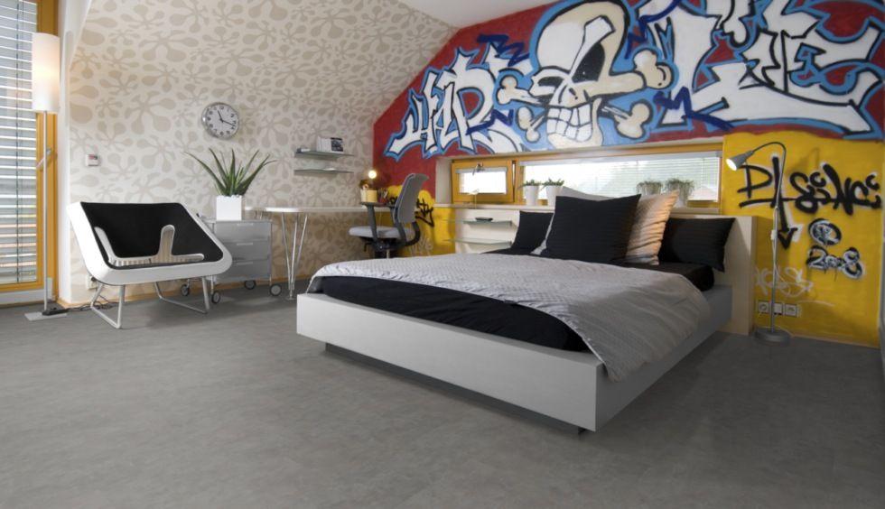Zum graffiti passt prima der pflegeleichte klick vinylboden in