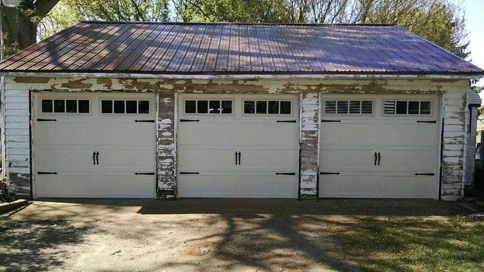 Superieur C.H.I. Overhead Doors, #5950, Almond, Madison Windows, 4 Ea Spade Handles