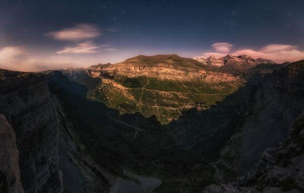 Ordesa Moonlight - @Guillermo García @landscape